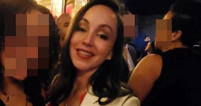 Görev başındaki polis, emniyetin tuvaletinde sevgilisiyle uygunsuz halde basıldı - Haberler
