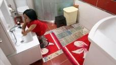 Boyu uzamayan evlatları için evi küçük objelerle dekore ettiler