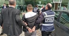 Firariyi yakamaya çalışan polise mukavemette bulunan 3 kişi tutuklandı