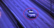 Kaza Yaptıkları Aracın Arkasında Bekleyen Kadınlara Başka Bir Araç Çarptı